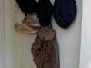 Ryggsäck och mössor